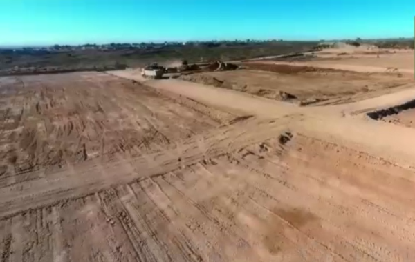 Movimiento de suelo en meseta neuquina